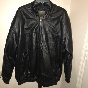 Robert Phillipe genuine leather bomber jacket